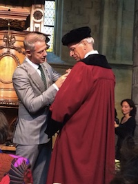 Professor Evers receiving the Orange-Nassau Order from the Mayor of Maastricht