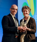 WES President, Linda Giudice, presents Mohamed Ibrahim with his award at the WCE2014 Closing Ceremony